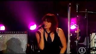 Shirley Manson & The Pretenders - Only Happy When it Rains (Live at the Decades of Rock 2007)