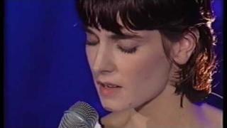 Sinéad O'Connor : Chiquitita (ABBA) 1998