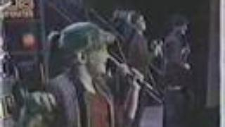 "Stacy Ferguson sings ""Holiday"" in 1984"