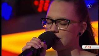 Stefanie Heinzmann - Diggin' In The Dirt (Live Unplugged beim ARD Morgenmagazin)