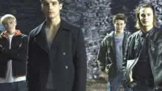 Steven Strait is HOT!!!!