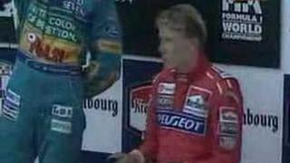 Stupně vítězů po závodě, ve kterém zemřel