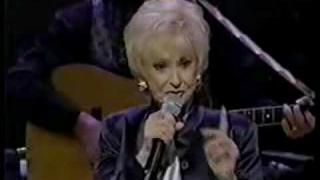 Tammy Wynette - Final Opry Appearance (with Lorrie Morgan) [Live Ole Opry TNN].avi