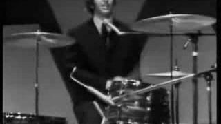 The Beatles (Ringo Starr) - ''Act Naturally'' [Live]