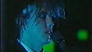 The Cure - A Forest (Live in Japan 1984)