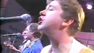 The Hollies - Hard To Forget + Allan & Tony Interview, 1986