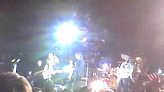 The Smashing Pumpkins & Craig Nicholls (The Vines) get Free live sydney 2010