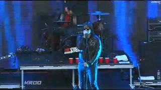 The Strokes - Hard to Explain (Live KROQ Weenie Roast) [HD]