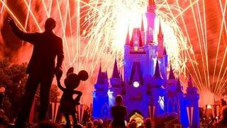 "The Walt Disney World ""Wishes"" Fireworks Show! (in HD)"