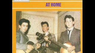 The world is waiting for the sunrise / The Quarrymen