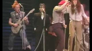 The Young Ones with Bob Geldof - Comic Relief 2/2