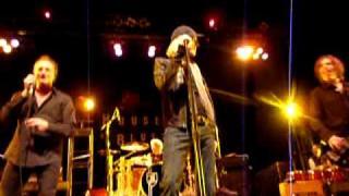 Tom Hamilton SINGS at HOB Boston 2/28/2010