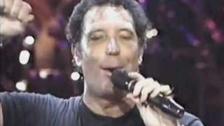 TOM JONES - Kiss (1989)