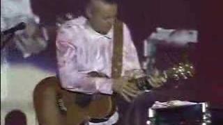 Tommy Emmanuel Live (Budapest) - Blue Moon