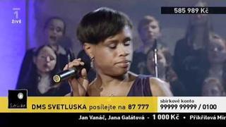 Tonya Graves a Vojta Dyk- Piece of my light