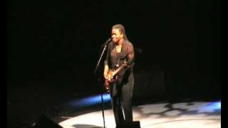 Tracy Chapman - House of The Rising Sun (Live Solo European Tour 2008)