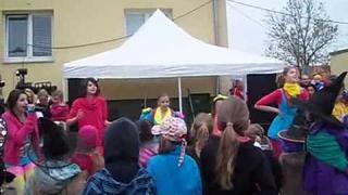 """Verča zpívá """"To máme mládež"""" (30.4.2013)"""