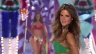Victoria's Secret Fashion Show 2005 HD 5/5
