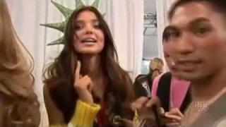 Victoria's Secret Fashion Show 2007 HD 2/5