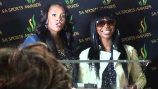 Vivica A Fox and Brandy Norwood Arrive in SA
