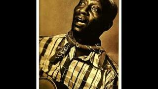 'Where Did You Sleep Last Night' LEADBELLY (1944) Blues Guitar Legend