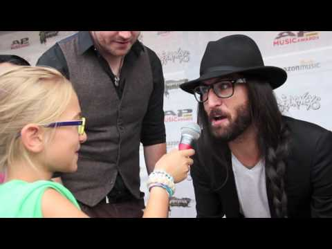 APMAs: Kids Interview Bands - Nick Fuelling and Matt DiRito of Pop Evil
