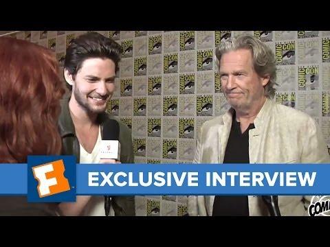 Ben Barnes and Jeff Bridges Comic-Con 2013 Exclusive Interview   Comic Con   FandangoMovies