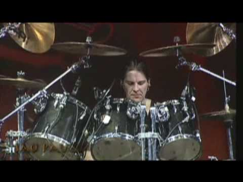 Helloween Drum Solo with Markus Grosskopf (Funny)